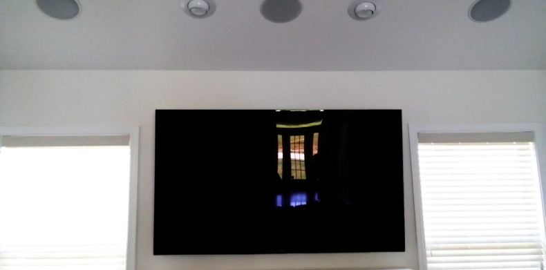 75 Inch Samsung Flat Screen With Ceiling Speakers